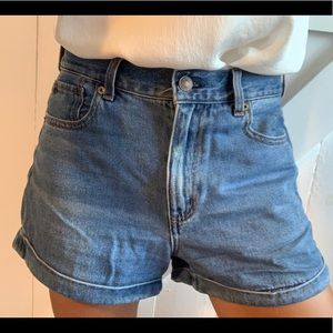 American eagle size six Jean shorts